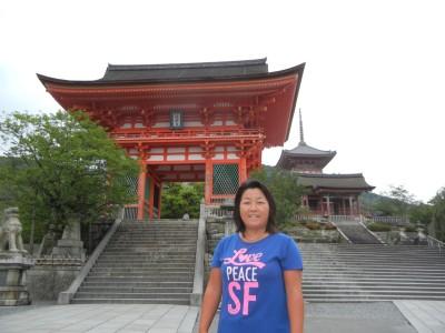 早朝ランニング。観光客のいない清水寺はなかなか珍しいです