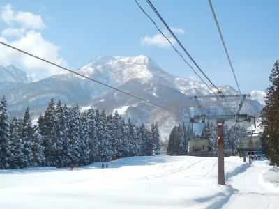 実習中は天気に恵まれ、昨年は数時間しか見ることができなかった妙高山も今年は連日拝むことができました