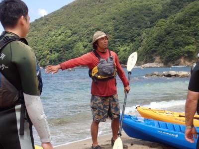 シーカヤック講師の大瀬志郎さん。この後、小5の息子さんと1ヶ月のカヤックトリップに出かけるそうです!